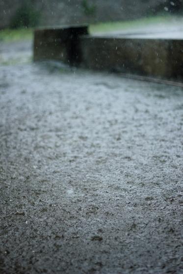 hujan01